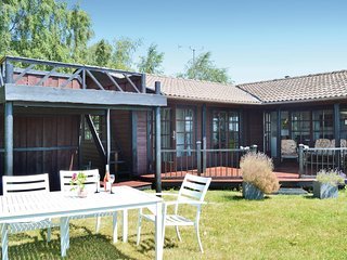 Amazing home in Gilleleje w/ WiFi and 3 Bedrooms (E03201)