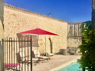 La Catusse - Superior gite with wonderful pool and impressive views