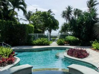 Harbourside 1- Paradise in PB Shores - Pool/Hot Tub - PB Inlet Water Way - Grill