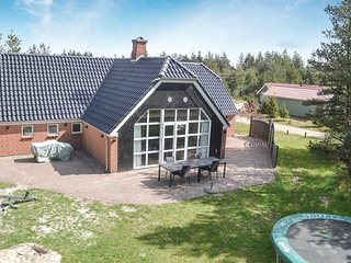 Amazing home in Nørre Nebel w/ Sauna and 4 Bedrooms (P42350)