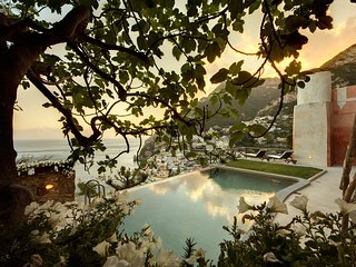 Villa Angelina 1 with private Pool, Sea View, Chef and Breakfast Ideal for Weddi