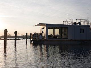 WELL Hausboote Leipzig Braunsbedra