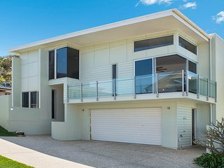 11 Victoria Terrace Shelly Beach QLD
