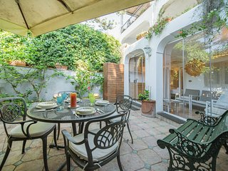 Capri Apartment Sleeps 4 with Air Con and WiFi - 5814675