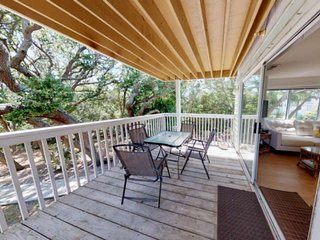 Great Ocean Dunes Condo~ Easy Walk to Beach Access, Indoor/Outdoor Pools, HotTub
