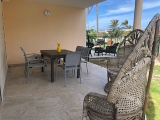 MATISSE 5... Very RARE, very AFFORDABLE 5 bedroom beachfront home on Orient Bay!