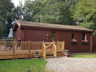 Alderwood Lodges, Burnside Lodge