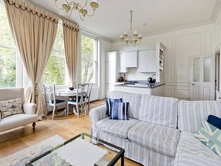 Lovely 2bed flat in Chelsea with exclusive views