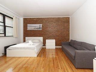 Amazing Studio on Upper East Side