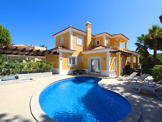 Villa Bolivia, CD 169 | 4 Bed | Wifi | private pool