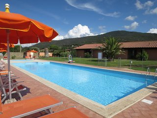 2 bedroom Villa with Pool, Air Con and WiFi - 5775770