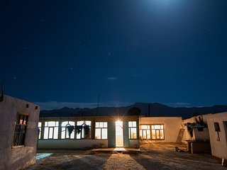 Guest House Gulnara is located close to the bazaar of Murghab