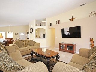 214GD. Golf Course 4 Bedroom Pool Home in Highlands Reserve Golf Community