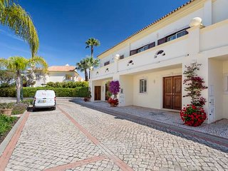 Quinta do Lago Villa Sleeps 6 with Air Con and WiFi - 5745669