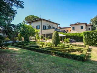 5 bedroom Chateau with Pool, Air Con and WiFi - 5750047