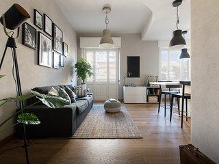 Nuovissimo appartamento in Cagliari centro, tre stanze con bagno privato