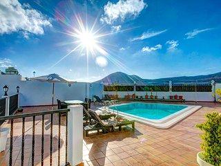 Guatiza Villa Sleeps 4 with Pool and WiFi - 5604891