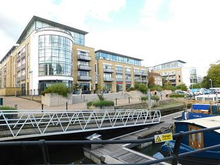 A luxury, Two Bedroom, Two Bathroom Duplex Apartment situated at Kew Riverside,