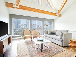 Sonder | Baltimore Place | 2BR Penthouse + Laundry
