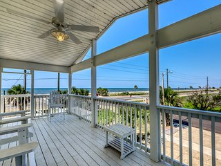 Dog-friendly coastal home w/ a game room and covered patio!