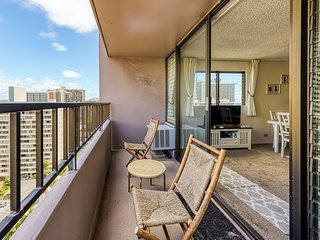 Unique condo w/mountain views, shared on-site amenities!