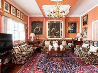 HomeLike Luxury Los Perales Manor House, Pool