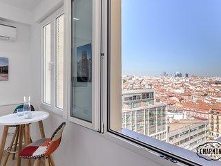 Charming Gran Via - Callao 1 - Stunning views, ideal for 2 PAX