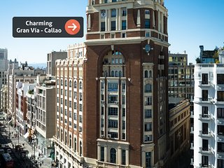 Charming Gran Via - Callao 5 - Stunning views, ideal for 2 PAX
