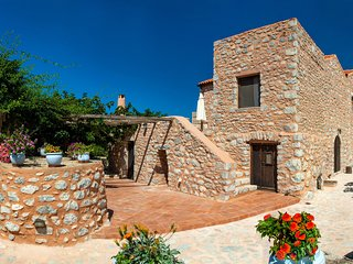 Stone built apartment w mezzanine,Olive Grove,Near Beach,Mani 5