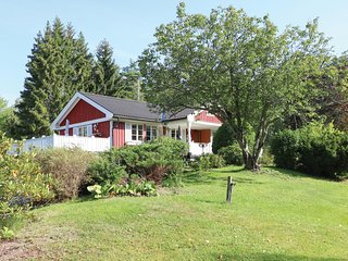Nice home in Stallarholmen w/ WiFi and 3 Bedrooms