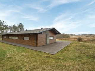 Amazing home in Rømø w/ Sauna, WiFi and 4 Bedrooms (R10345)