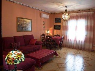 Apartamento con 3 habitaciones temáticas de culturas y colores