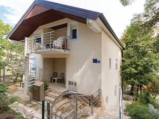 Beautiful home in Donji Karin w/ WiFi and 2 Bedrooms (CDZ364)