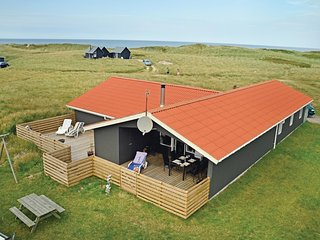 Amazing home in Thisted w/ Sauna, WiFi and 4 Bedrooms