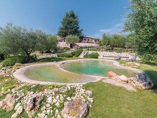 Vakantiehuis in de charmante omgeving van San Gimignano (ITN252)