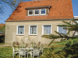 Stunning home in Insel Poel/Timmendorf w/ 3 Bedrooms