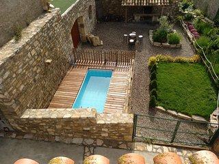 Casa Rural para 12 personas Con piscina Jardin y Barbacoa