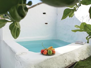 Awesome home in Algodonales w/ Outdoor swimming pool, WiFi and Outdoor swimming