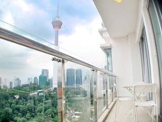 Perfect Balcony With KL Tower View