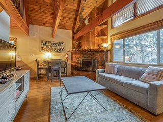 Dog-friendly cabin w/ fireplace, wood details & private furnished deck!