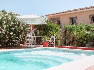 Beautiful 11 bed villa, private pool, large garden