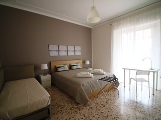 247 Apartment Rooms Catania Holidays
