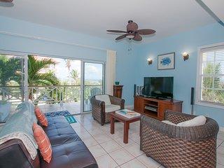 Queen Angel 1 bedroom condo with amazing ocean view