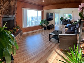 Spacious comfort & views, great access to SF Bay