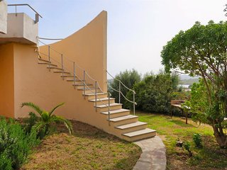 Pittulongu Apartment Sleeps 5 with Air Con - 5487119