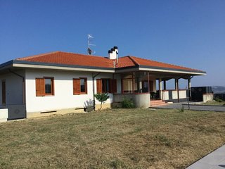 4 bedroom Villa with Pool and WiFi - 5814620
