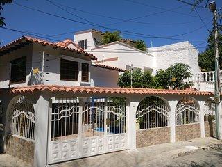 Modern Villa, 5min from RODADERO BEACH, in Santa Marta, Colombia