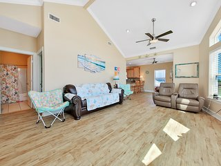 NEW LISTING! Lovely family home w/ a large deck in a great location - 2 dogs OK!