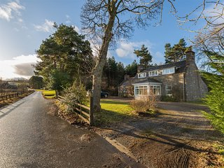 CA411 Cottage situated in Aberlour