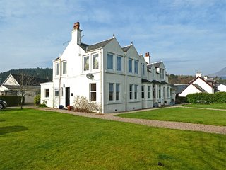 CA303 Apartment situated in Brodick